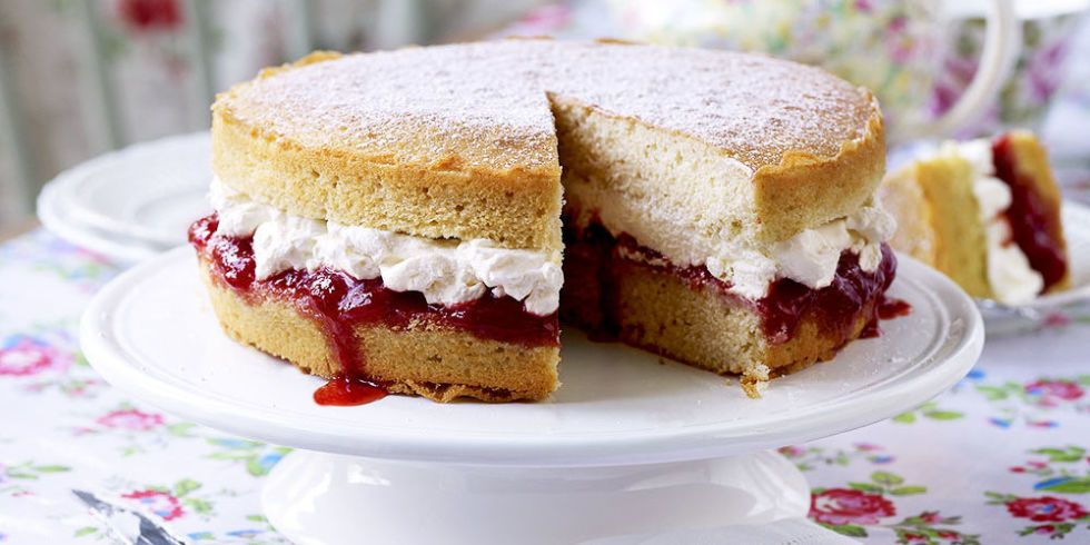 How To Make A Victoria Sponge Cake For Kids