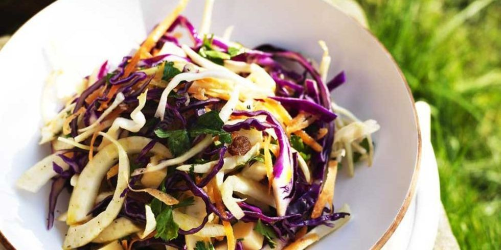 Cheese coleslaw – your must-have recipe for BBQ season