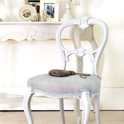 How To Paint A French Style Chair