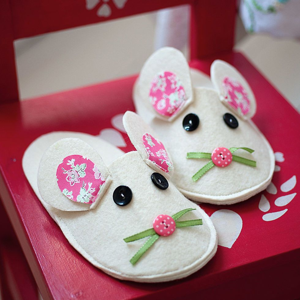 孩子的拖鞋|聪明的缝纫工程到upcycle织物废料