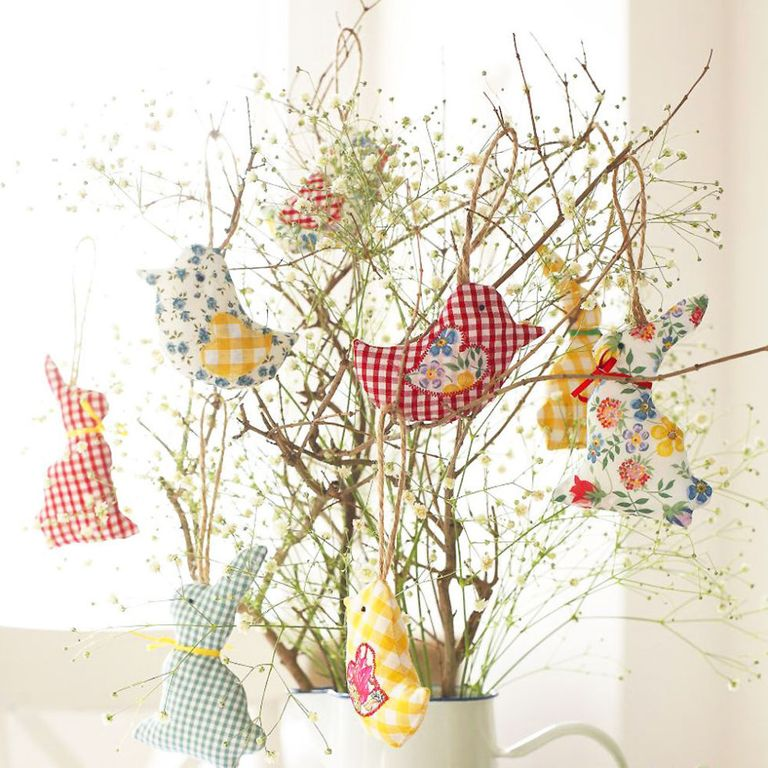 How to sew easter bunny and easter chick decorations for your table easter bunny and easter chick decorations to sew negle Images
