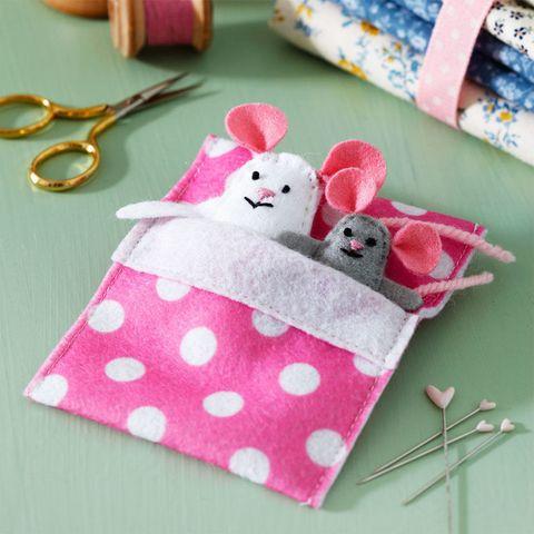 Felt mice craft for kids