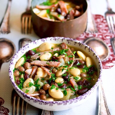 Superfood bean and bacon soup