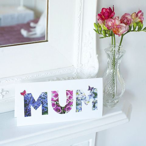 Mum letters Mother's Day card to make