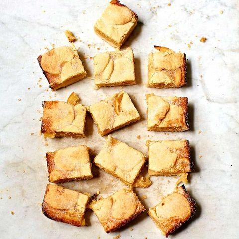 Lemon shortbread cakes