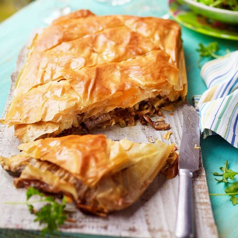 Courgette and goats' cheese filo pastry pie