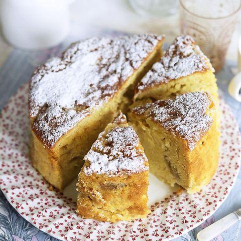 Rhubarb, pear and custard cake