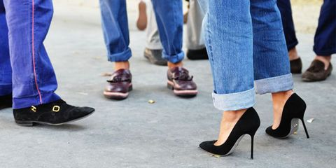 Woman in jeans Tommy ton