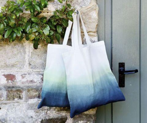 Dip-dye shopper bags