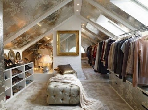 Attic walk-in wardrobe