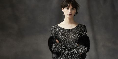 Lip, Sleeve, Shoulder, Dress, Eyelash, Bangs, Jewellery, Beauty, Black hair, Day dress,