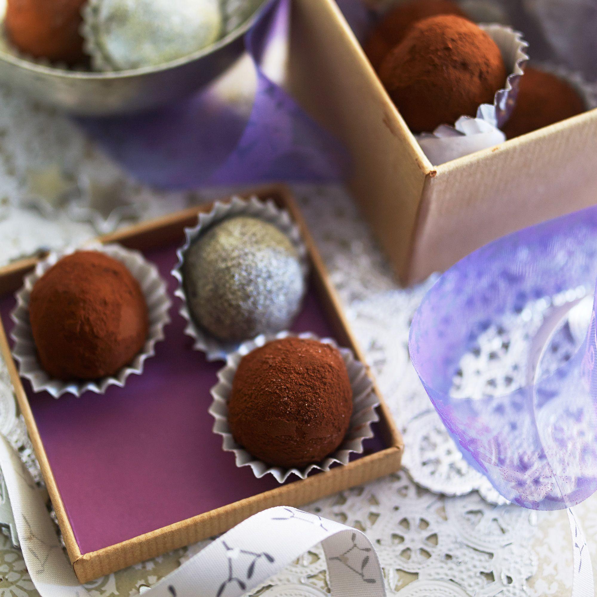 Ginger chocolate truffles