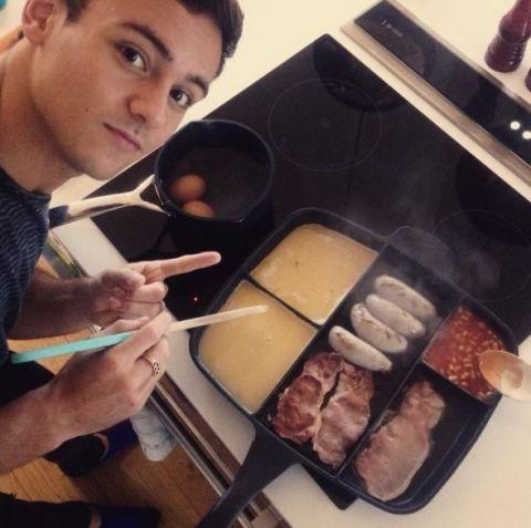 Tom Daley's amazing frying pan