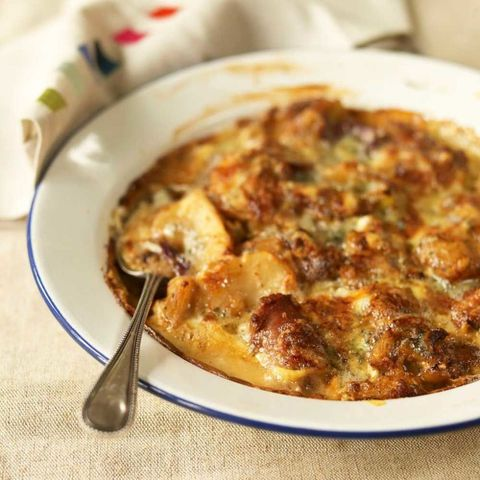 Sausage and artichoke gratin