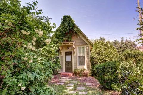 Property, Shrub, House, Real estate, Door, Land lot, Garden, Rural area, Home, Groundcover,