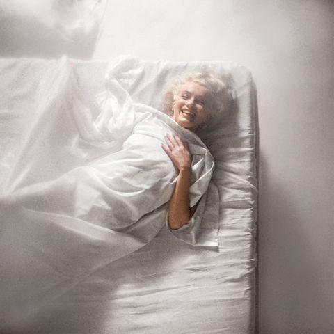 Comfort, Linens, Bedding, Bed sheet, Blanket, Duvet, Mattress, Sleep, Flesh,