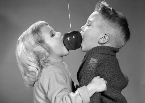 Kids eating an apple