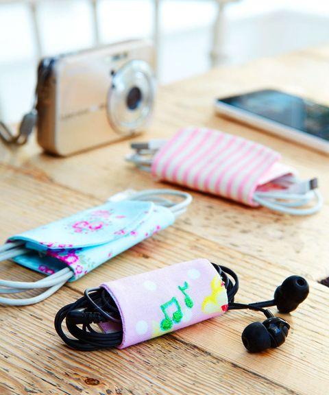 Fabric headphone case