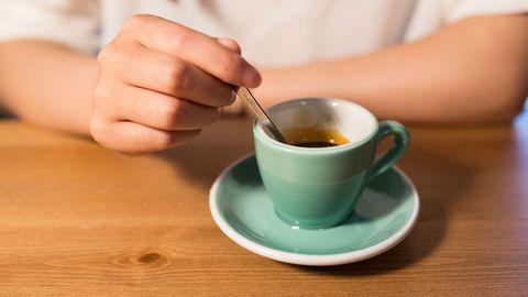 Serveware, Finger, Cup, Drinkware, Dishware, Coffee cup, Drink, Tableware, Table, Teacup,