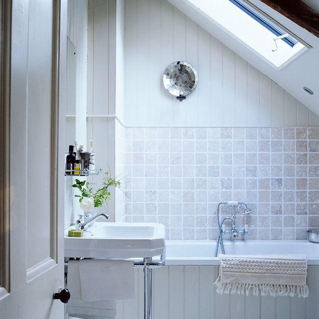Artificial Grass Balcony Ideas, 10 Small Bathroom Ideas To Make The Space Look Bigger
