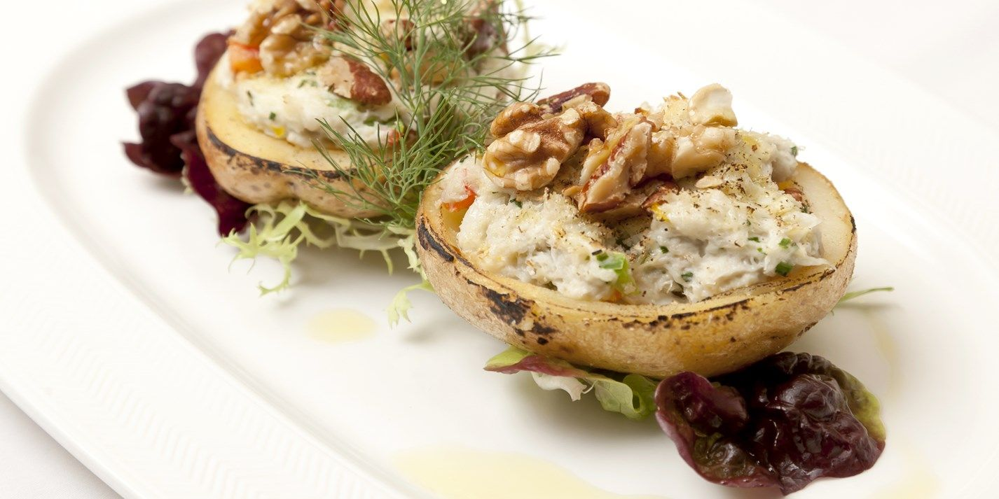 Crispy Baked Potatoes With Fresh Crab And Crunchy Walnuts