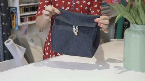 9040724d22 How To Make Your Own Denim Lunch Bag Sewing Patterns. Artifact Bag Pany ...