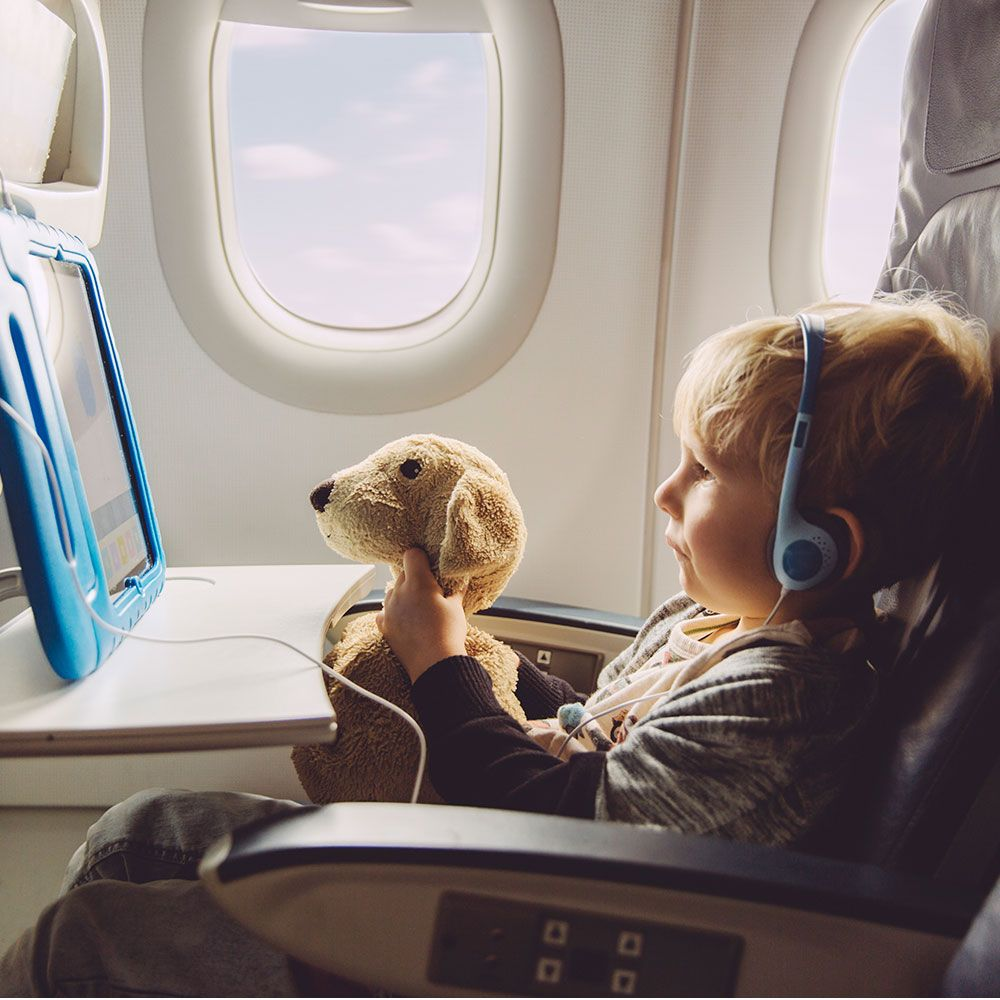 Travel toys for kids – brilliant ways to keep children entertained