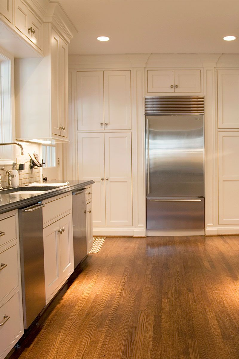 Floor to ceiling kitchen units