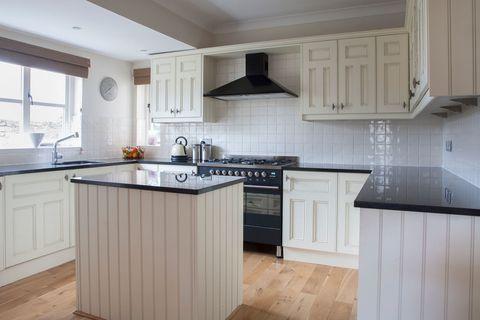 2nd hand kitchen cabinets thought of buying a second kitchen 10144