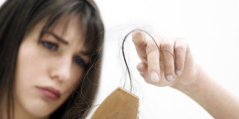 Skin, Black hair, Beauty, Eyelash, Photography, Long hair, Nail, Brown hair, Layered hair, Step cutting,