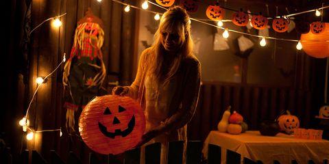 Lighting, Orange, Jack-o'-lantern, Lantern, Pumpkin, Holiday, Gourd, trick-or-treat, Calabaza, Vegetable,