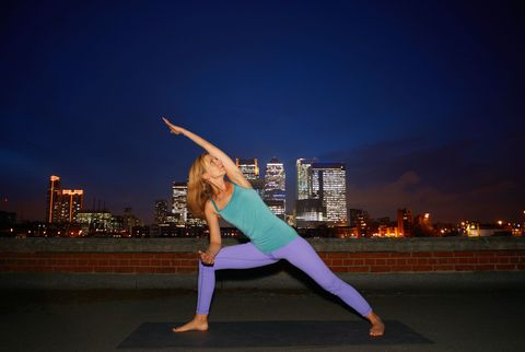 Human leg, Exercise, Active pants, Elbow, Physical fitness, yoga pant, Knee, Yoga, Thigh, Waist,