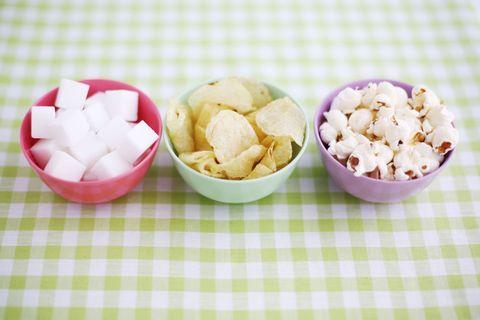 Popcorn, Kettle corn, Food, Cuisine, Produce, Ingredient, Petal, Dish, Recipe, Bowl,