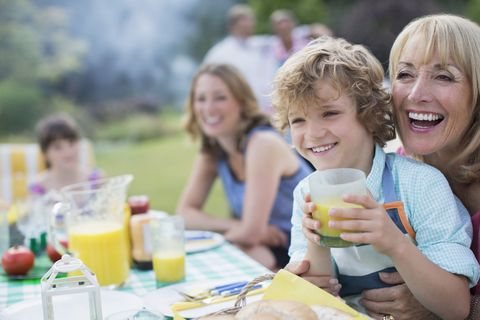 Looking after grandchildren can increase life expectancy