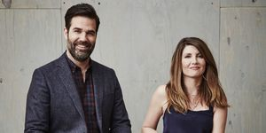 Rob delaney catastrophe explains the NHS and US health care system