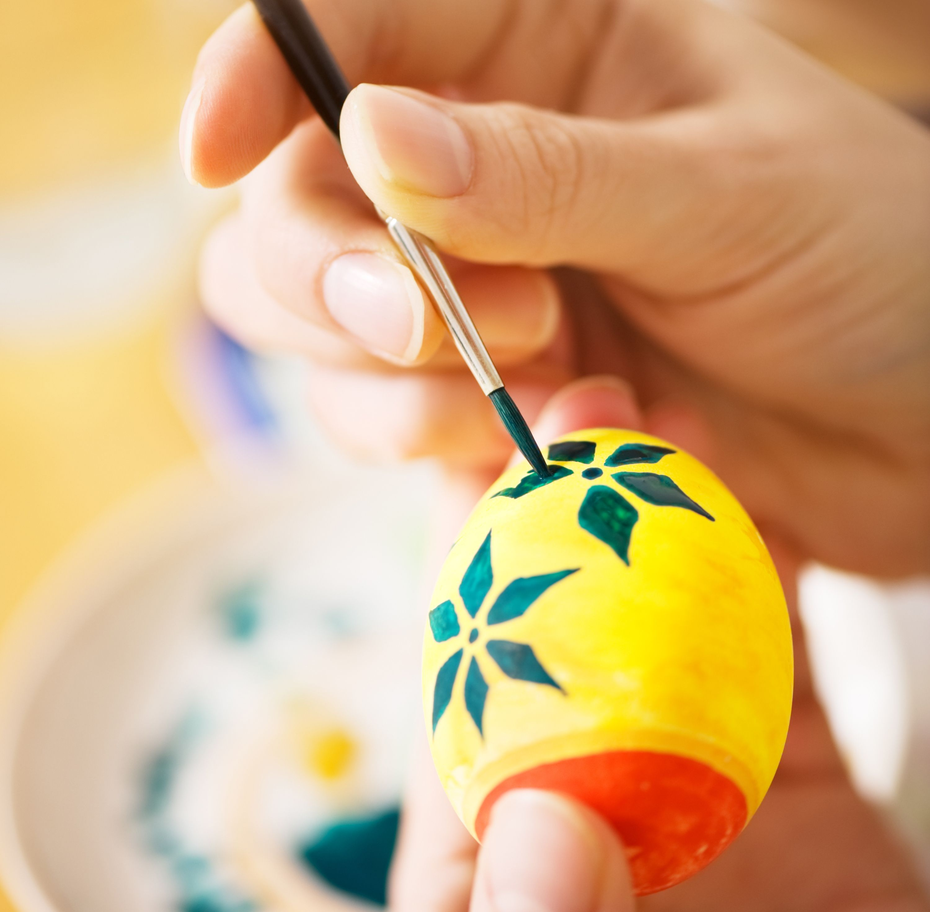 Easter Egg Decorating Ideas: How To Paint Hard Boiled Eggs