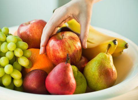 Natural foods, Food, Fruit, Plant, Apple, Accessory fruit, Superfood, Local food, Vegan nutrition, Produce,