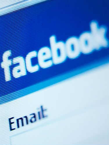 How to know who's been stalking you on Facebook