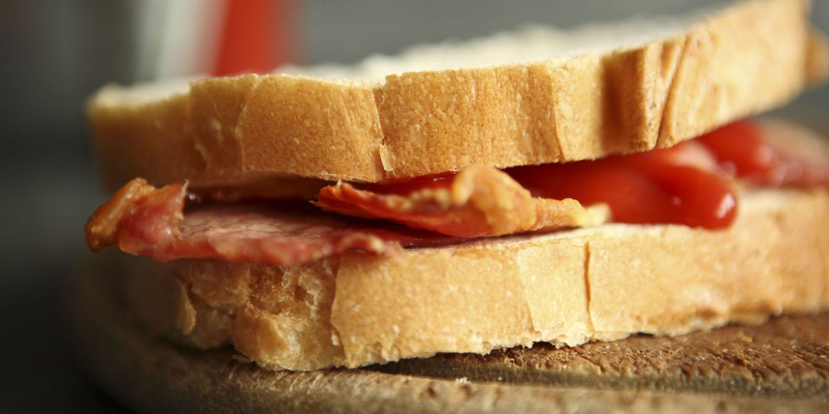 This Is How To Make The Perfect Bacon Sandwich