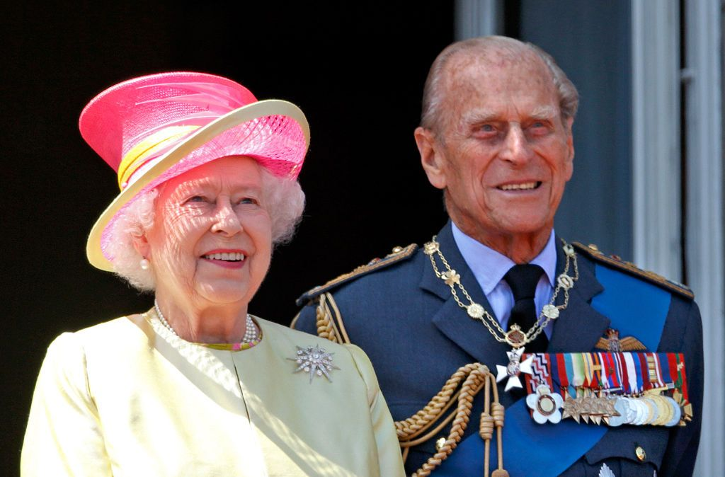 Platinum Coins For The Queen And Prince Philip S 70th Wedding
