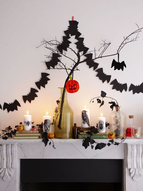 How to make a bat garland for Halloween