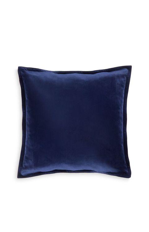 Blue, Yellow, Textile, Pillow, Cushion, Electric blue, Azure, Throw pillow, Cobalt blue, Linens,