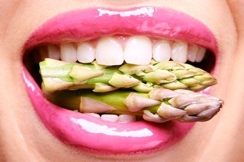 Mouth, Lip, Cheek, Skin, Tooth, Chin, Pink, Facial expression, Jaw, Organ,