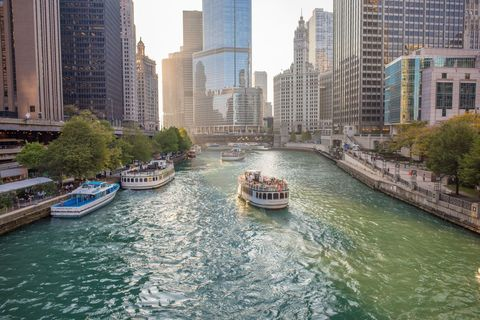 <p>The best way to see Chicago's impressive skyline? By boat.</p>