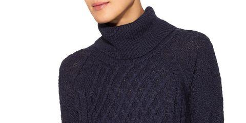 Sleeve, Shoulder, Textile, Joint, Standing, Teal, Electric blue, Woolen, Fashion, Neck,