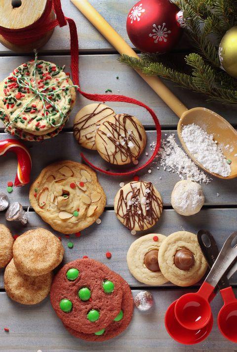 Finger food, Food, Cuisine, Biscuit, Baked goods, Ingredient, Dessert, Sweetness, Cookies and crackers, Recipe,