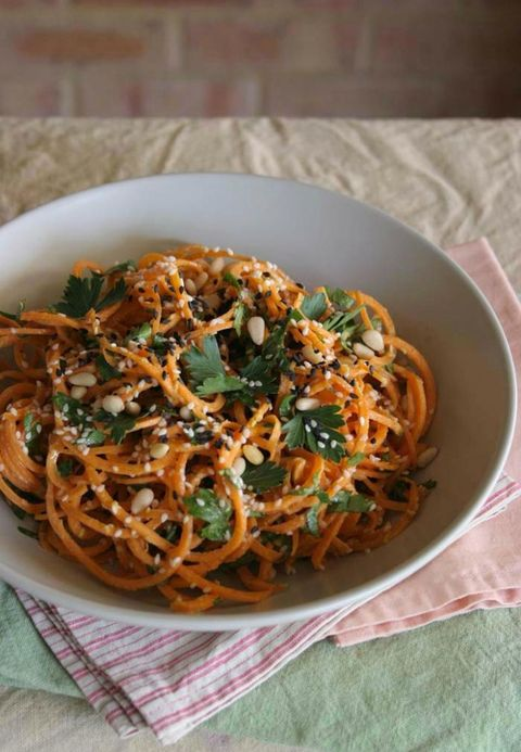 Food, Cuisine, Noodle, Ingredient, Spaghetti, Dish, Pasta, Chinese noodles, Recipe, Snack,