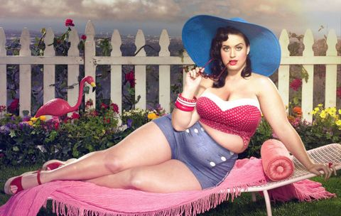 Human, Hat, Sitting, Thigh, Beauty, Garden, Abdomen, Model, Trunk, Undergarment,