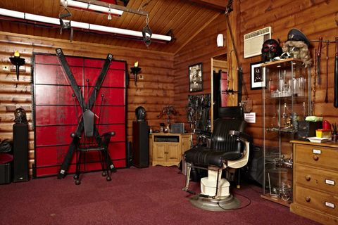 Yes This Is Actually Real Fifty Shades Of Grey Dungeon Rooms You Can Rent Fifty Shades Of Grey Movie Rooms