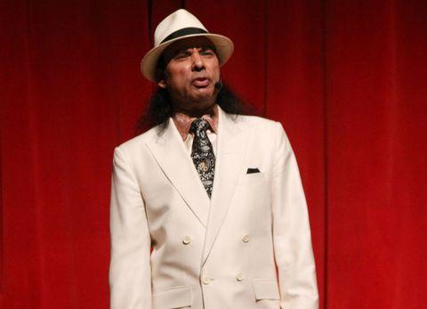 Coat, Hat, Sleeve, Collar, Dress shirt, Facial hair, Outerwear, Formal wear, Suit, Blazer,